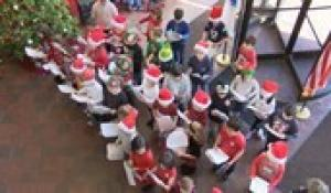 Roosevelt Avenue School Second Grade Students Caroling at Town Hall 2019